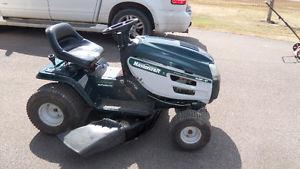 Mastercraft Lawn Tractor