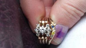Very unique 14k vintage diamond ring