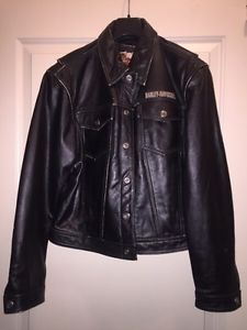WOMANS HARLEY DAVIDSON LEATHER JACKET REDUCED $50
