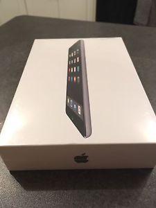 iPad Mini 2 wi-fi 32gb Space Grey (brand new, in plastic)