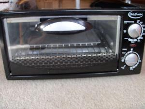 Betty Crocker Toaster Oven; Best Offer
