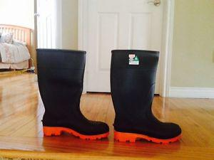 Brand New Steel Toe Rubber Boots, Size 10 and size 9 35 firm