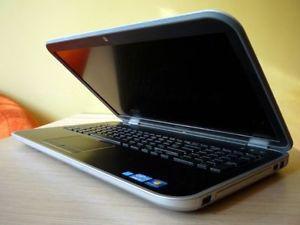 Dell Inspiron R17 SE - Core i7, 8GB, 1TB, Wifi, HDMI, USB