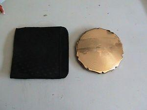 NEW IN BOX VINTAGE STRATION WOMANS COMPACT CASE