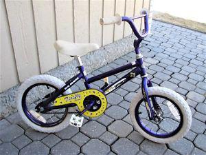SHIFT & GEARS Girls Bike - 14 Inch wheels