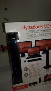 Toshiba Dynadock U3.0 Universal USB 3.0 Docking Station