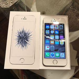 iPhone SE BRAND NEW CONDITION 2 weeks old