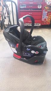 BRITAX B SAFE 35 Car Seat & Base