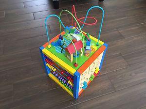 Cube jouet à vendre / for sale