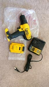DeWalt 20v max dcd771 new drill never been used