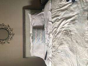 Full bedroom set brand new