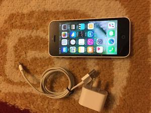 Iphone 5C White 16 GB Unlocked LIke New