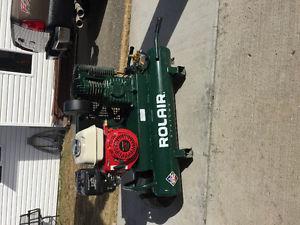 Rolair twin tank gas powered compressor
