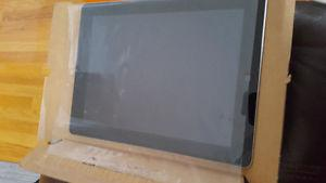 iPAD 4 FOR SALE 16GB NEW CONDITION IN BOX WITH ALL