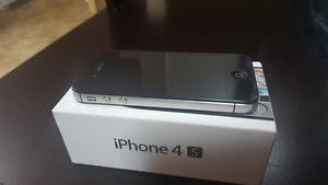 32 GB iPhone 4S Excellent Condition