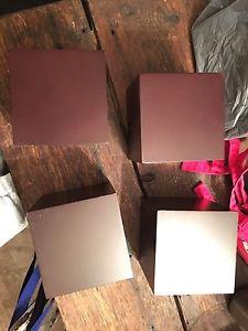 4 cube shelves