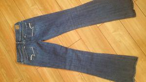 American Eagle ladies jeans