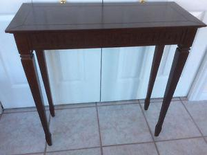 Bombay Hall table excellent condition