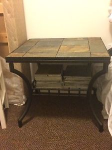 Coffee table and side table (1)