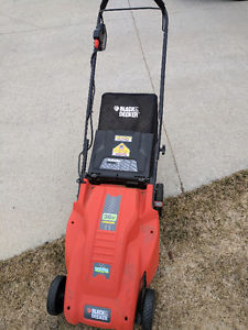 Coreless Black and Deck lawnmower & electric trimmer