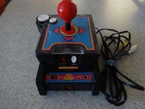 Ms Pac-Man 7 in 1 Wireless Plug & Play TV Video Game Jakks