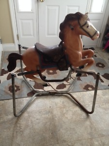 Nostalgic and Vintage 80's Bouncy Horse!