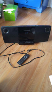 Philips iPod dock and CD Player