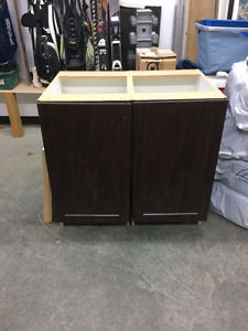 REDUCED Eurolite cabinet with black granite top