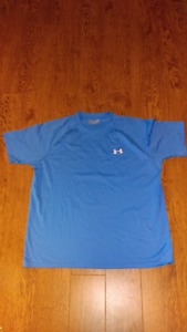 Under Armour T Shirt Size Large
