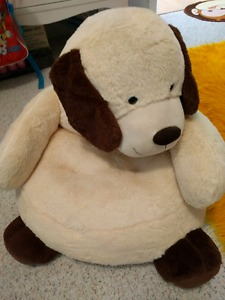 Wanted: Plush doggy chair