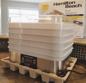 Food dehydrator in new condition
