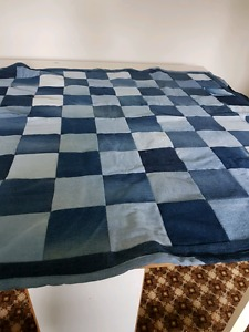Jean quilt perfect for outdoors