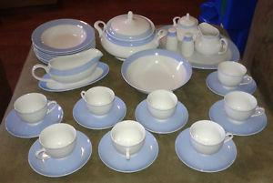 Pegasus fine porcelain set