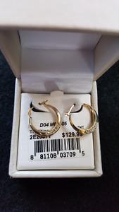10k Gold Hoop Ear Rings Brand New in Box
