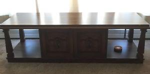 2 end tables and coffee table