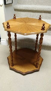 70s Vintage Wooden End Table - Very Nice!