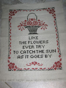 BEAUTIFUL OLD 50's HAND-CRAFTED PIECE of NEEDLEWORK for