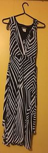 Black and white summer dress - Size small
