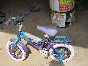Girl's 12 inch bike in good condition