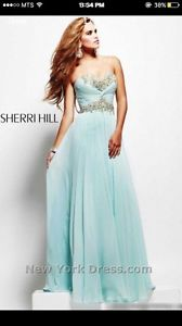 Never worn authentic Sherri hill grad dress!!