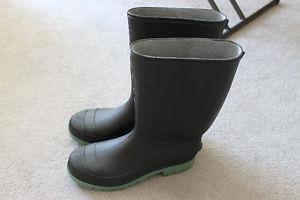 New Men's Rubber Boots Size 11