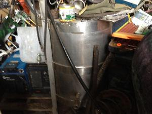 Stainless steel tank with mixer