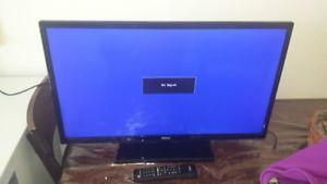 32 INCH FLATSCREEN TV FOR SALE