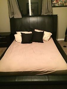 5 piece bedroom set,EUC