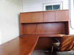 Executive Desk / Work Station