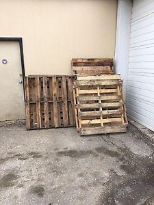 Free firewood (pallets)