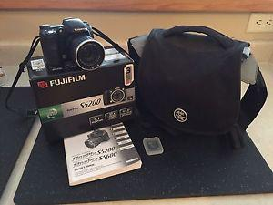**Fujifilm FinPix S Digital Camera**