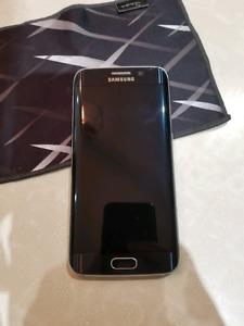 Galaxy s6 edge 32 gb unlocked *mint condition*