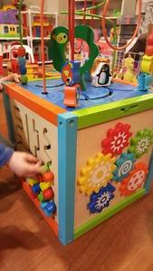 Imaginarium Wooden activity cube