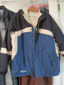 Men's Columbia Winter Ski and Snow Jacket - Size Medium